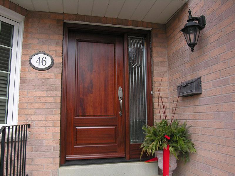 Puertas de entrada baratas con las mejores colecciones de for Doble puerta entrada casa