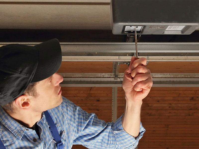 Los trucos para el mantenimiento preventivo de puertas de garaje - Mantenimiento puertas de garaje ...